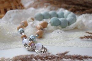 Коралі буси намисто валяне срібно сіре - Опис