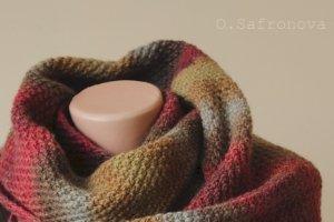 Шарф в'язаний Ягідний десерт. Вовняний зимовий шарф - Опис