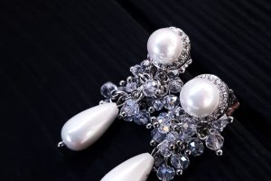Сережки з перлами Майорки та кристалами
