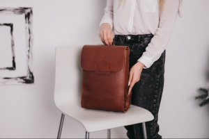 Робота Рюкзак из натуральной кожи, городской рюкзак Flat