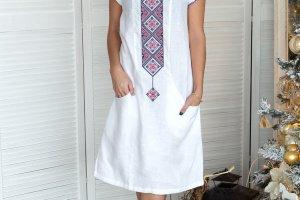 Сукня з білого льону - Опис