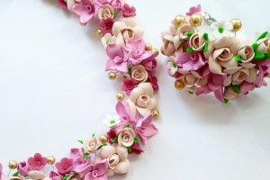 Кольє з квітами Квіткова фантазія - Опис