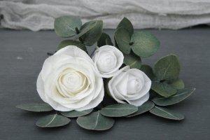 Робота Шпильки для волосся з трояндами і листям евкаліпта