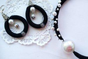 Чорно біла класика з перлами - Опис