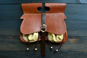 Робота Історична середньовічна поясна шкіряна сумка