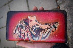 Женский кожаный кошелек на змейке Профиль - Опис