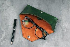 Робота Футляр для окулярів з натуральної шкіри