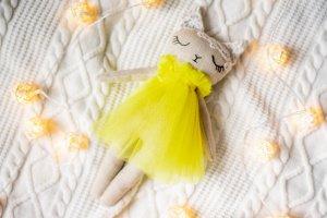 Текстильна киця  (жовта) - Опис