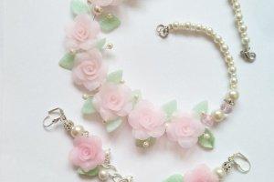 Весільне кольє і сережки Троянди для Снігуроньки - Опис