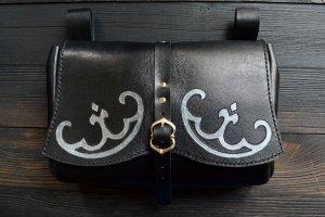 Робота Поясна шкіряна сумка у стилі фентезі