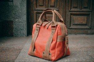 Жіноча дорожня сумка, Червоний саквояж - Опис