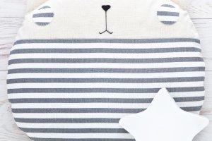 Смугастий кіт подушка в дитячу, сіра подушка