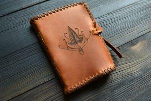 Шкіряний блокнот з ельфійським плющем (коричневий) - ІНШІ РОБОТИ