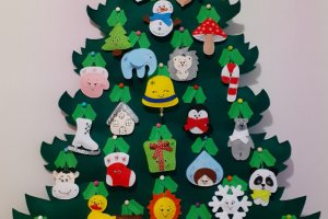Ёлка из фетра на 31 игрушку. Адвент календарь к новому году - ДРУГИЕ РАБОТЫ