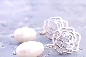 Срібні сережки з натуральними перлами та трояндами - ІНШІ РОБОТИ