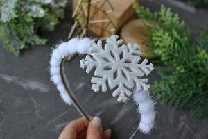 Обруч Сніжинка-пушинка - Опис