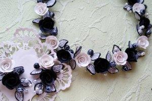 Кольє з чорно білими трояндами Класика - ІНШІ РОБОТИ