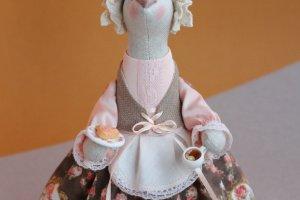 Работа Мышка-Хозяйка с плюшкой  и чаем