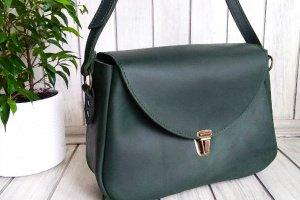 Работа Зеленая кожаная женская сумка.