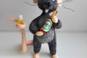 Робота Миша і пиво. Валя мишка .Криса.