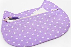 Фіолетова косметичка котик - Опис
