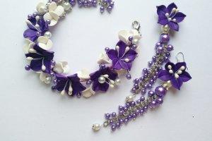 Робота Браслет і сережки з фіолетовими ліліями