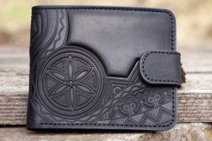 Робота Шкіряний чоловічий гаманець з орнаментом чорний