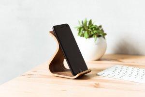 Дерев'яна підставка для телефону Phone Stand •Sign• Walnut - ІНШІ РОБОТИ