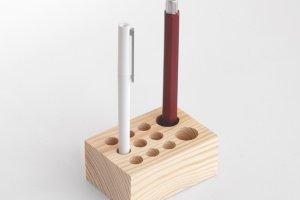 Робота Підстака-тримач для ручок та олівців