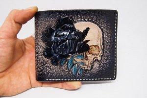 Робота Шкіряний гаманець череп з чорним півонією