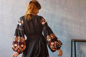 """Геометрична довга сукня """"Карпати"""" - Опис"""