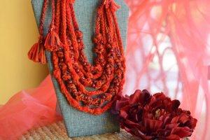 Червоне етно намисто, українські коралі, буси, подарок