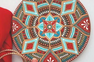 Робота тарілка декоративна Полунична м'ята