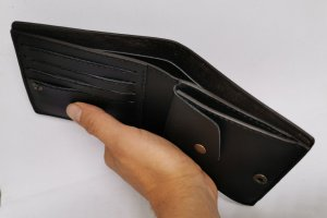 Шкіряний гаманець череп - Опис