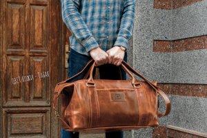 Робота Коричнева шкіряна дорожня сумка. Спортивна сумка