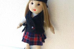 Робота Лялька дівчинка в берете, хендмейд