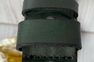 Якісний ремінь під джинси смарагдового кольору - Опис
