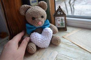 Робота В'язаний ведмедик. Подарунокдля коханої.Подарунок для дтини.