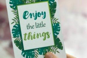 """Листівка «Enjoy the little things"""" - Опис"""