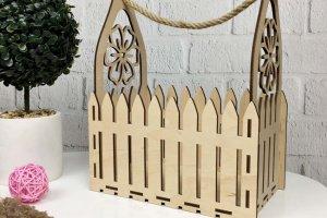 Робота Подарункова дерев`яна корзинка для квітів