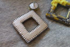Сережки Квадрат Жовто-сірий - Опис