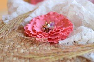 Робота Брошка квітка коралова, рожева квітка заколка, подарунок