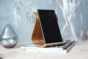 Дерев'яна підставка для планшета •Sign• Daniellia - ІНШІ РОБОТИ