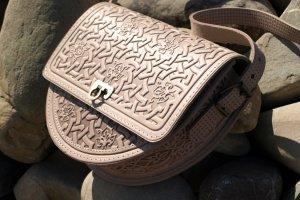 сумка  жіноча Роксолана бежева - Опис