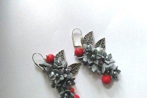 Робота Сережки Червоно сріблясті сережки з кораллами