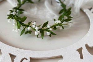 Робота Вінок з маленькими квітами для першого причастя і нареченій.
