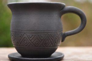 Чашка на кофе из глины
