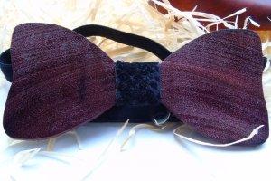 Краватка-метелик з амаранту - Опис