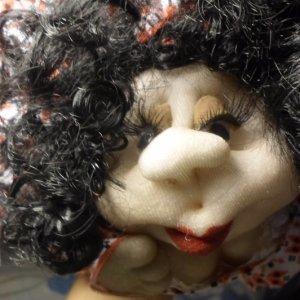 Робота лялька на удачу Українка