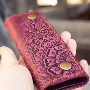 Робота Ключниця жіноча шкіряна марсала бордо з орнаментом